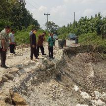 Jalan Utama Putus, Tiga Desa di Kecamatan Jiken Nyaris Terisolir